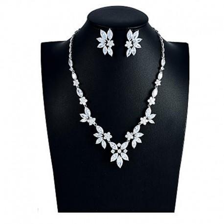 """Svatební souprava """"Plessis-Bellière"""" (náhrdelník, náušnice)"""